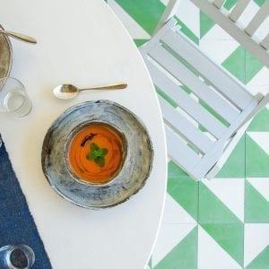 Kalte Suppe: Tomaten-Zimt Gazpacho
